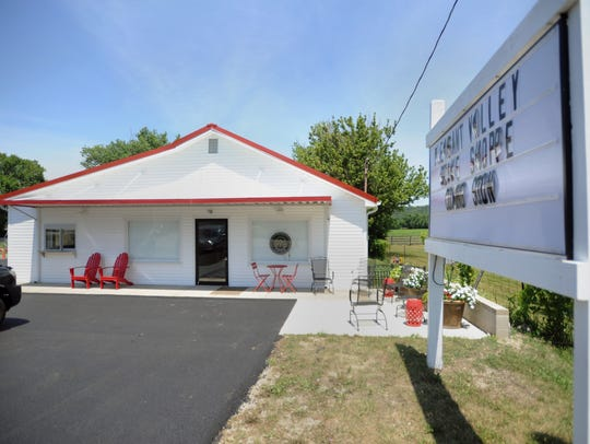 Pleasant Valley Shake Shoppe is located at 12755 Pleasant