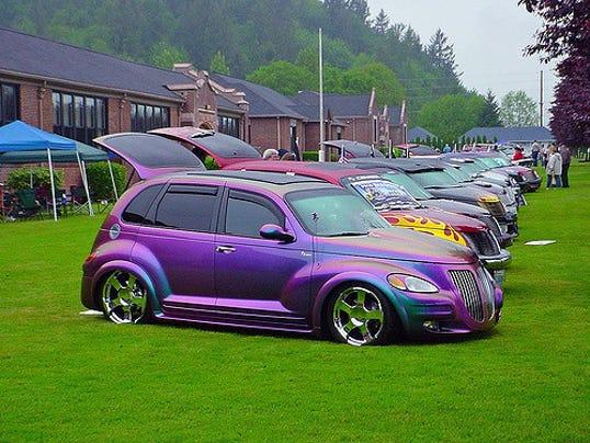 purple PT Cruiser