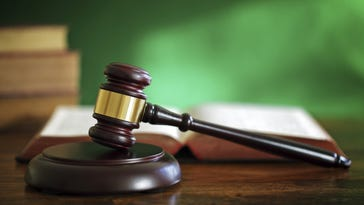 Phoenix-area business gets probation over illegal workers