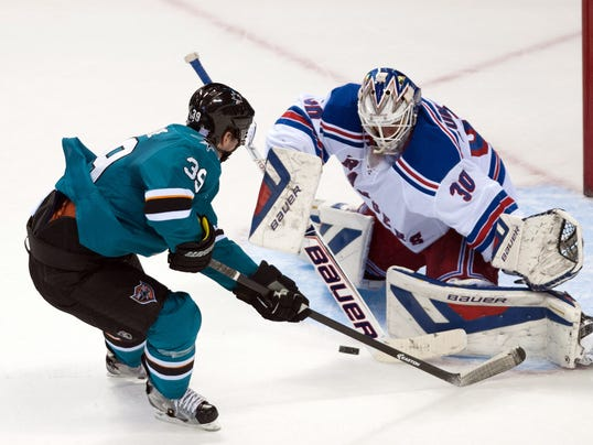 2013-10-25-logan-couture