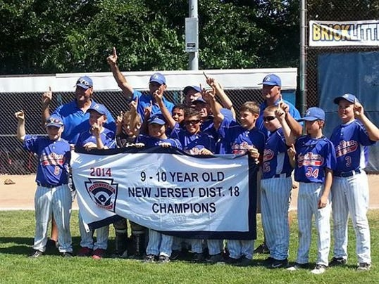 TRLL 10 Year Old District 18 Champions 2.jpg