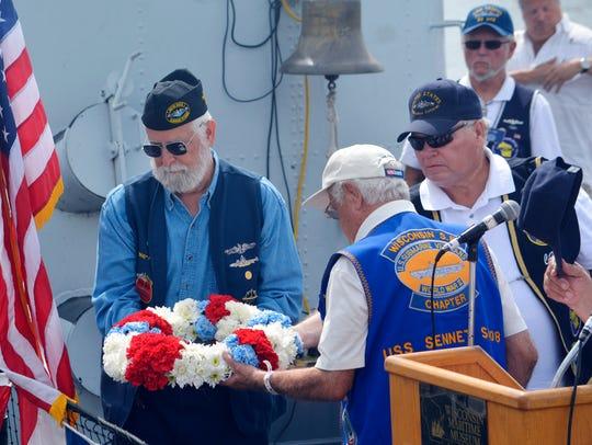 Members of the Wisconsin Submarine Veterans Base lower
