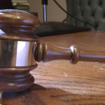 Springfield man indicted on child enticement charge
