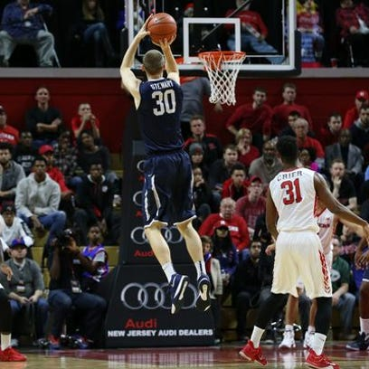 Raw video: Rutgers player hits 10 straight 3-pointers