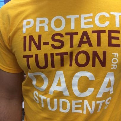"""Apelan decisión de negarle matricula estatal a """"Dreamers"""""""