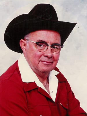 Clarence Grant Ladd, 88, of Windsor passed away in Ft Collins on June 23, 2015.