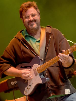 Vince Gill will visit the PAC in August.