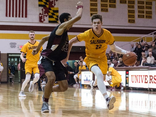 Salisbury University's Chad Barcikowski (22) moves the ball during a game against Washington College on Wednesday, Nov. 15, 2017.
