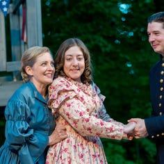 A heroine shines in Door Shakespeare comedies 'Much Ado' and 'Comedy of Errors'