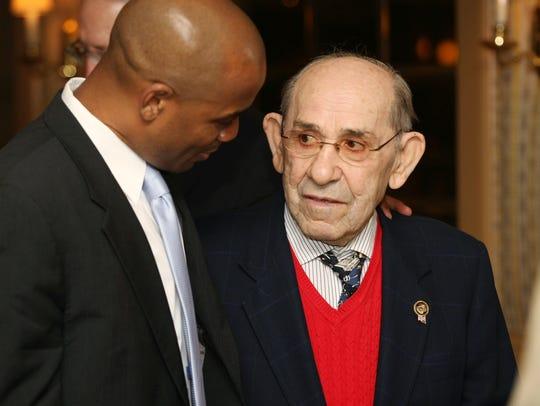 NY Yankees legend Yogi Berra speaks with Seton Hall