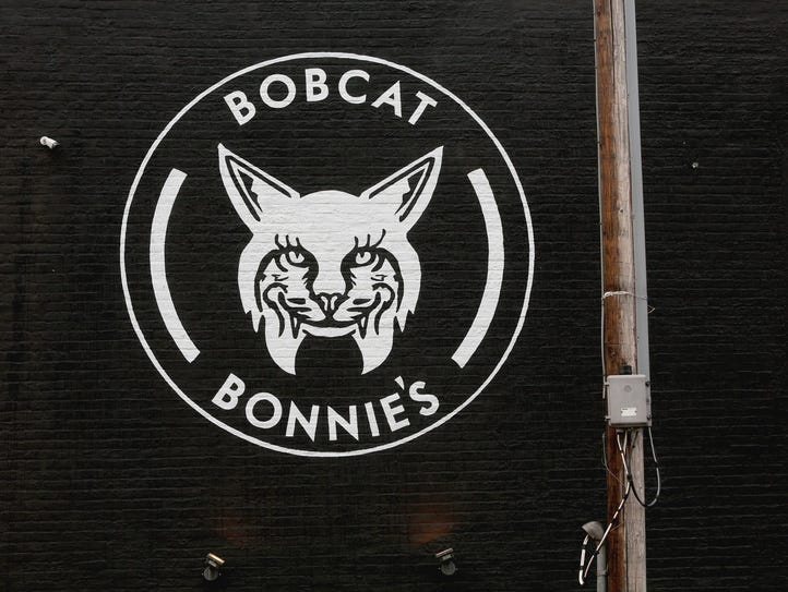 The eye catching Bobcat Bonnie's emblemed is easy to