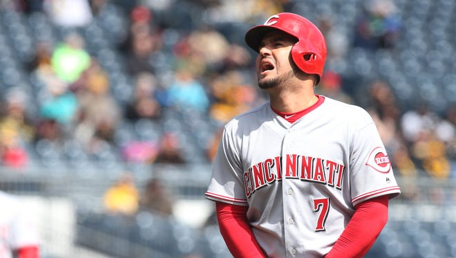 Cincinnati Reds third baseman Eugenio Suarez hopes to be back sooner than expected from a broken thumb he suffered after being hit a pitch.