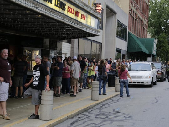 A long line waited outside Aaron Lewis' sold-out show on Aug. 14.