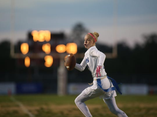Godby senior quarterback Shelby Hartley threw two touchdowns and came up with an interception as the No. 3 Cougars beat No. 4 Chiles 15-7 win on Thursday night.