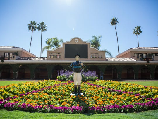 If you can only take one day at the races this summer, head to the coast on August 20 for the $1-million TVG Pacific Classic and Del Mar's first Craft Beer and Pizza Festival.