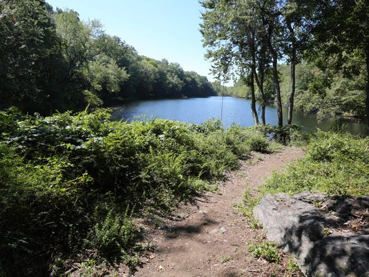 Teatown Twin Lakes