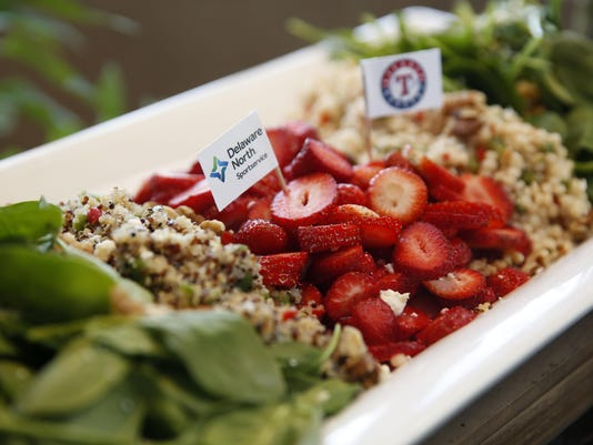 Dishing a little dirt on the 'clean eating' diet craze