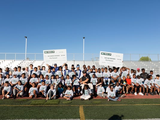Gruden_Youth_Grants_Football_06195.jpg