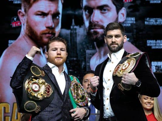 Alvarez_Fielding_Boxing_69579.jpg