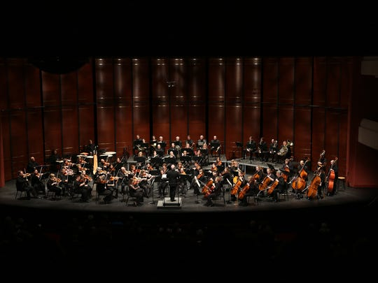 The Fox Valley Symphony returns to the stage of the Fox Cities Performing Arts Center Saturday.