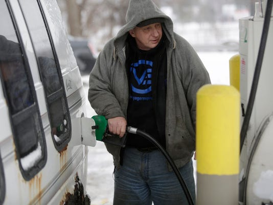 Gas Prices Continue To Drop