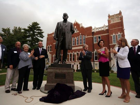 Harlan Statue Unveiling (3)
