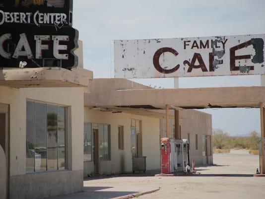 TDS Desert Center 0426001.JPG