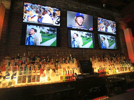 "The Smokehouse Tailgate Grill is offering a $30-per-person ""Taps and Apps"" special on Super Bowl Sunday."