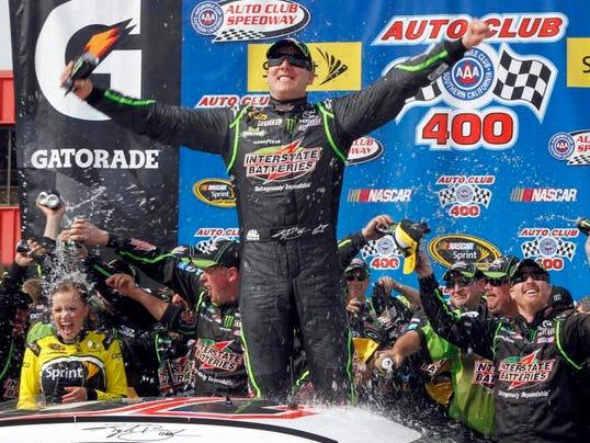 NASCAR Fontana Auto Racing