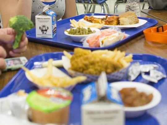 Robert E. Lee High School lunches.