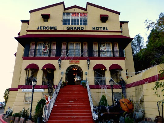 Originally the town hospital, the imposing Grand Hotel in Jerome retains traces of its mournful past.