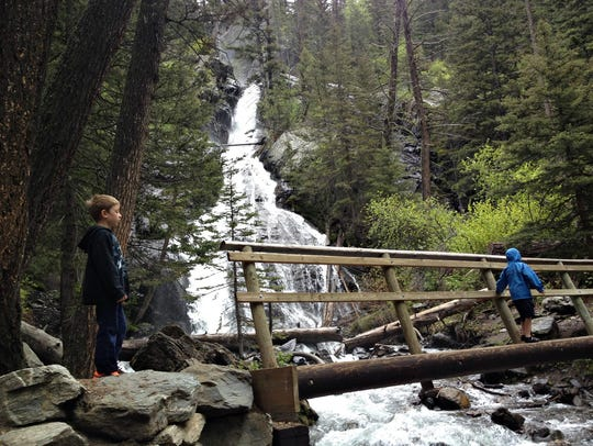 The hike to Pine Creek Falls is a favorite among locals