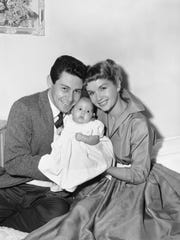 In this Jan. 2, 1957, file photo, Eddie Fisher and
