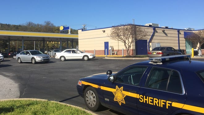 The Greenville County Sheriff's Office maintained a presence at the Spinx gas station at Pleasantburg Drive and Worley Road late Sunday afternoon after a shooting victim was found dead at the store. The shooting happened at Boulder Creek Apartments.