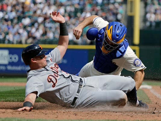 Detroit Tigers baserunning, James McCann
