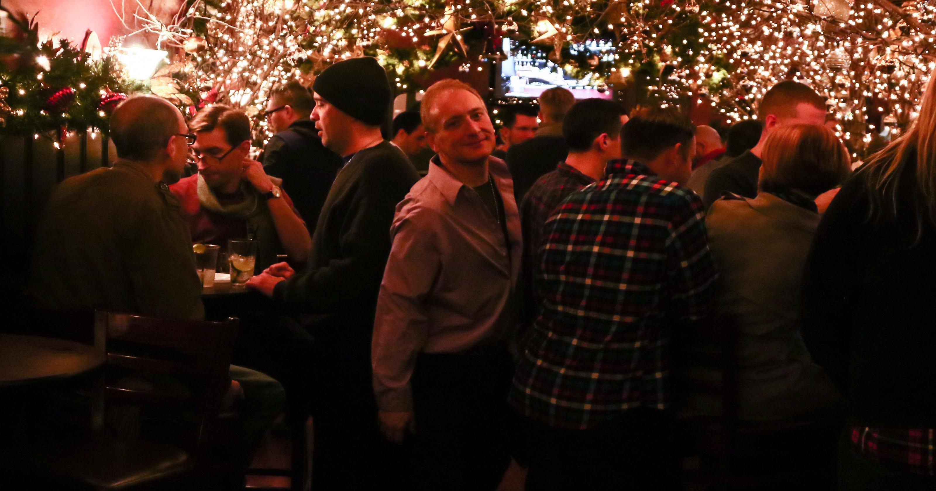 Gay day magic kingdom 2009