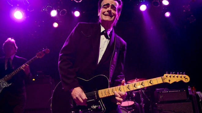 Unknown Hinson performs at Vinyl Music Hall with Bear With Me and Nik Flagstar & His Dirty Mangy Dogs.