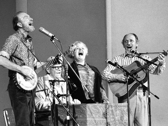 In this Nov. 28, 1980, file photo, the Weavers perform in a 25th Anniversary reunion concert at Carnegie Hall in New York. From left are: Pete Seeger, Lee Hays, Ronnie Gilbert and Fred Hellerman. Hellerman died Thursday, Sept. 1, 2016 at his home in Weston, Conn., after a lengthy illness, his son Caleb Hellerman said. He was 89.