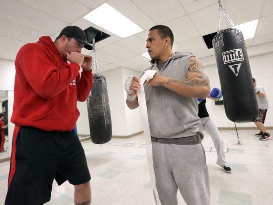 El Paso boxer Antonio Escalante is making a comeback