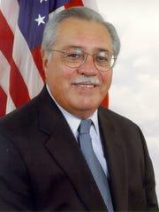 Congressman Ed Pastor - official photo  (9/15/04 Then