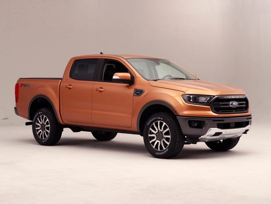 Can T Afford Full Size Edmunds Compares 5 Midsize Pickup Trucks