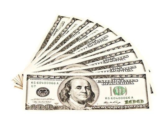 gettyimages-1000-dollars_large.jpg