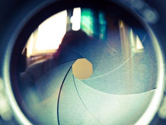 camera-lens-focus-zoom-aperture_large.jpg