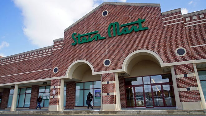 Stein Mart is opening up a new location at Concord Square shopping center March 10.