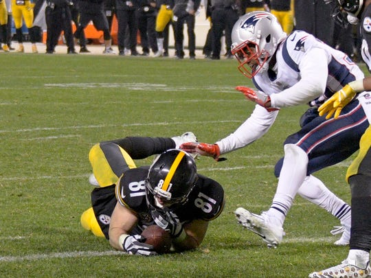 Tight end Jesse James joins the Lions from the Steelers.
