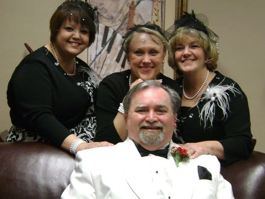 Dr. Michael Carter and The Dolls will perform at the Treasure Coast Chorale concert on Nov. 13 at First Baptist Church in Vero Beach.