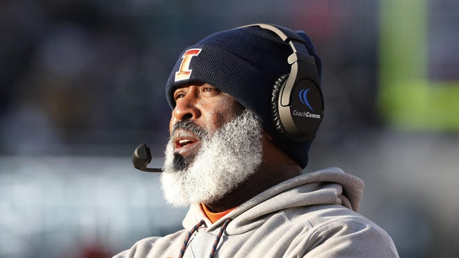 Illinois football coach Lovie Smith was fired on Sunday after five seasons at the school.