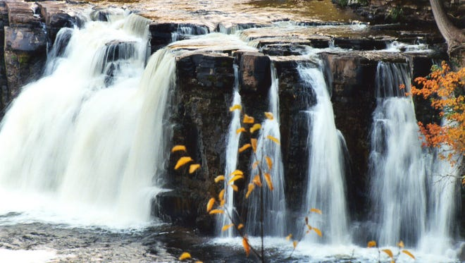 North Country Trail/Porcupine Mountains waterfall hike, Bessemer.