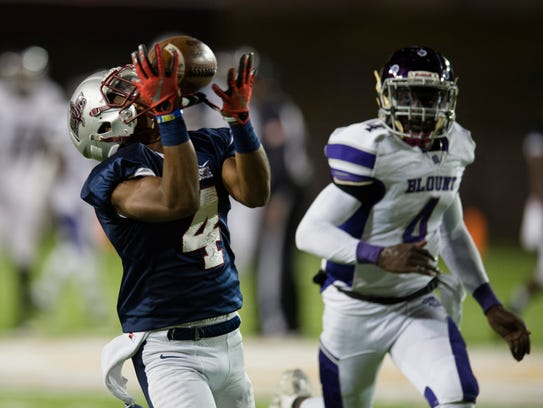 Park Crossing's Josh Knight (4) catches a touchdown