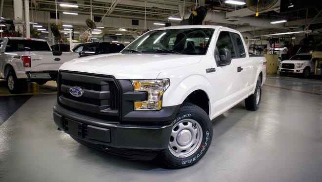 Production of the 2016 Ford F-150 full-size pickup that can run on compressed natural gas has begun at the Kansas City assembly plant in Claycomo, Missouri.